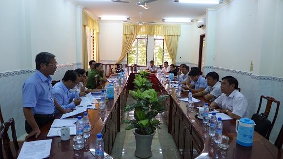 Ông Phạm Văn Liêm – PCT UBND thị xã phát biểu tại buổi giám sát
